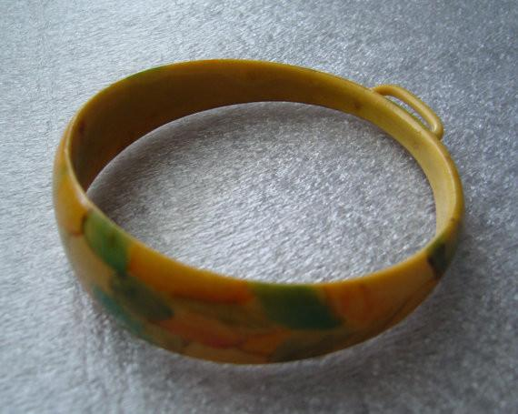 Vintage hand painted dots celluloid bracelet bangle