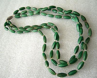 Vintage early plastic '60s multi-starnd chocker / necklace