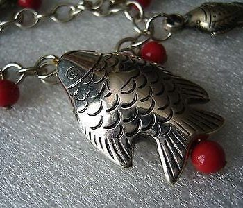 Vintage glass & silver-tone metal fish bracelet