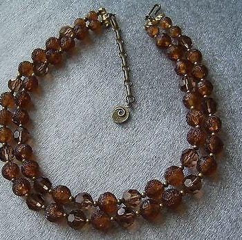 Vintage  2 strands multi shape brownish 1950s plastic necklace signed Lisner