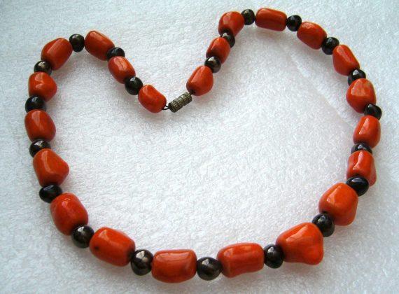 Vintage ceramic Israeli necklace handmade