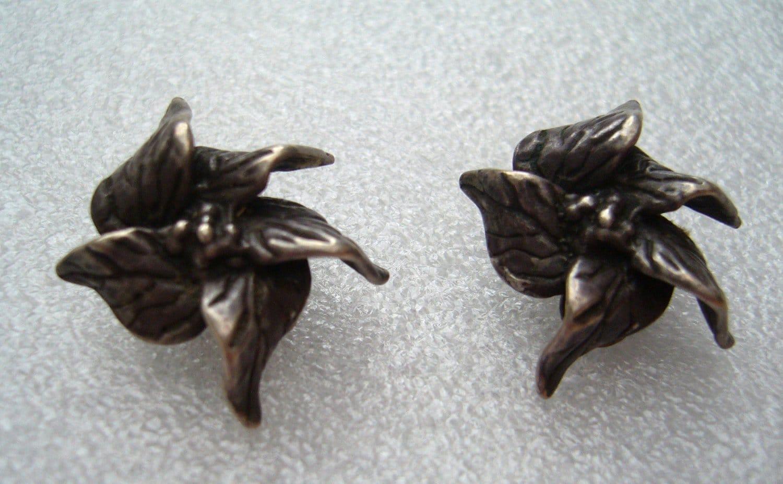 Israeli 1950  silver flowers' clip-on earrings