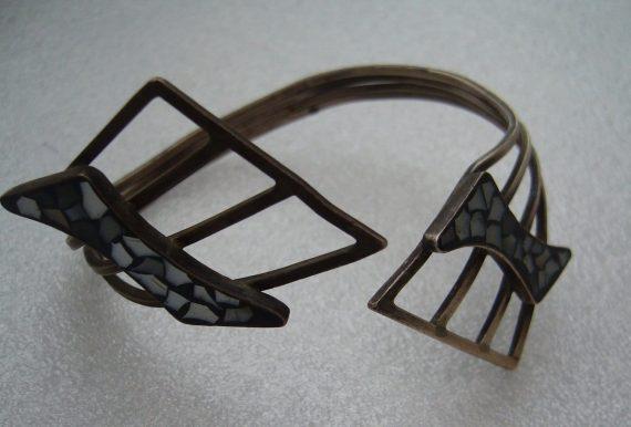 Israeli 1950 old mother-of-pearl silver bracelet