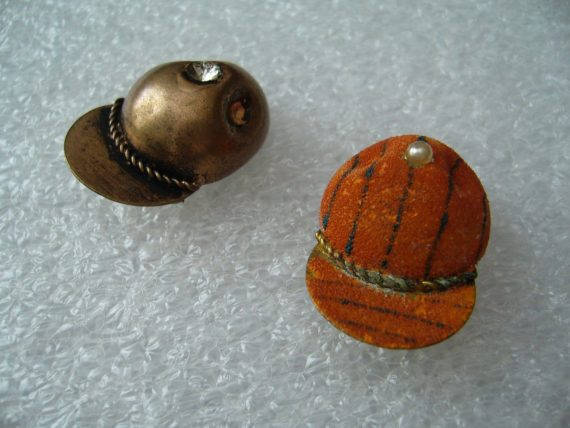 Two vintage 1950's painted copper hat pins brooches - pop art