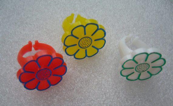 Vintage children multicolor plastic 1960's rings - lot of 3
