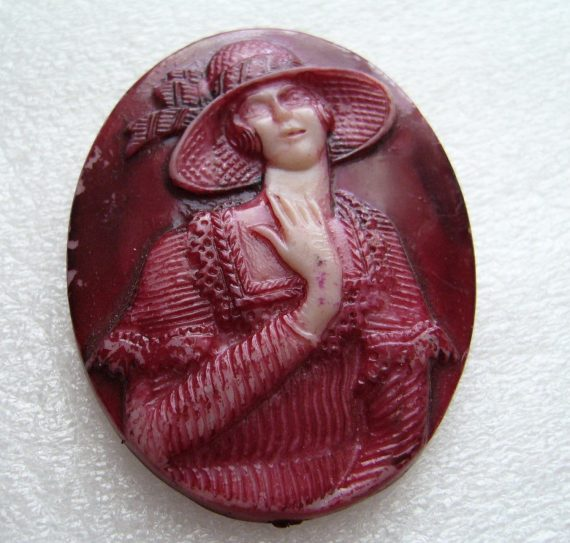 Vintage celluloid hand painted cameo pin brooch - made in Israel
