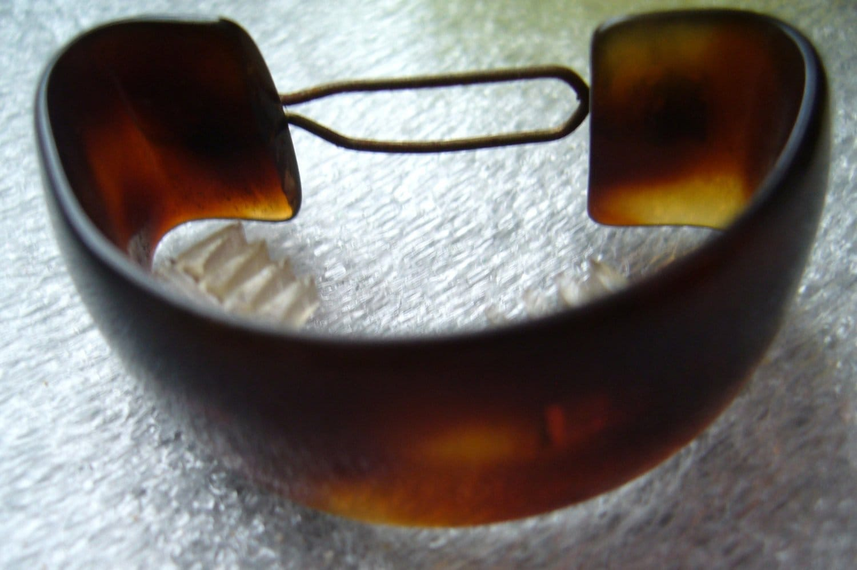 Vintage different colors plastic - hair barrette clip