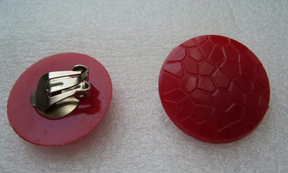 Vintage clip on earrings red rounds
