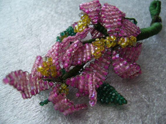 Seed beads weaving flower