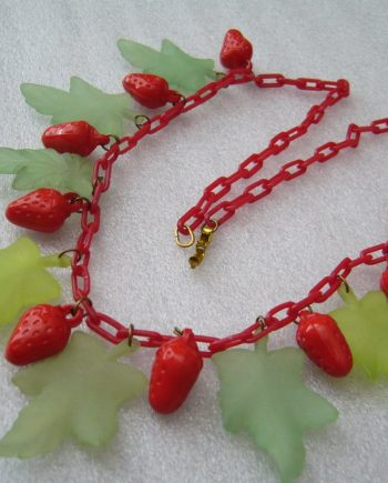 Vintage lucite & early plastic strawberries and leaves necklace