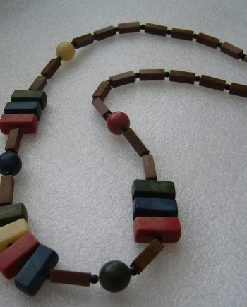 Vintage early plastic art deco multicolor necklace - bakelite style