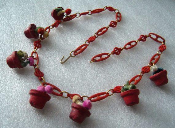 Vintage art deco early plastic celluloid clay flowerpots necklace - bakelite style