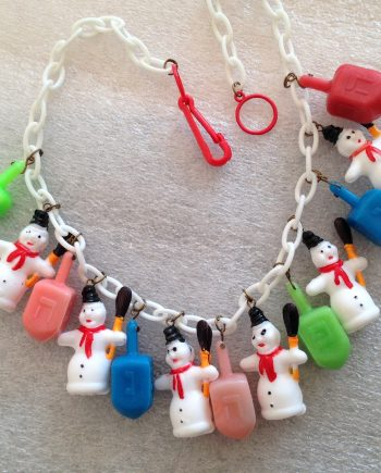 "Early plastic snow-men and  spinning tops ""Hannuka"" necklace - vintage findings"