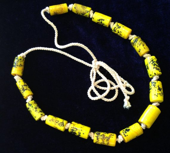 Vintage hand made glass beads old necklace