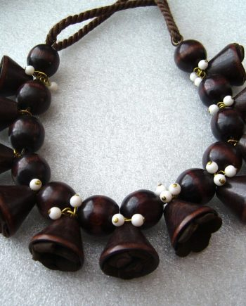 Vintage old art deco wood bells necklace - bakelite era