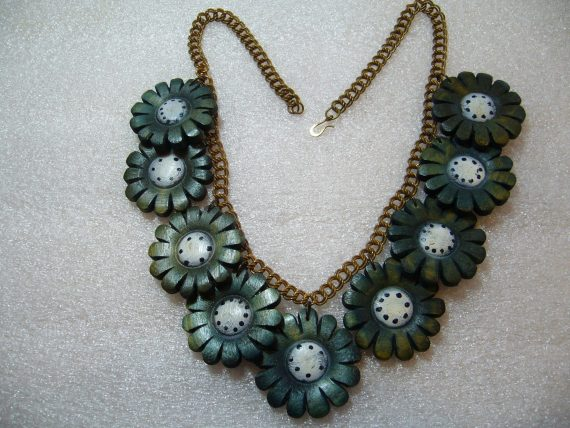 Vintage hand painted wood blue flowers necklace - bakelite era