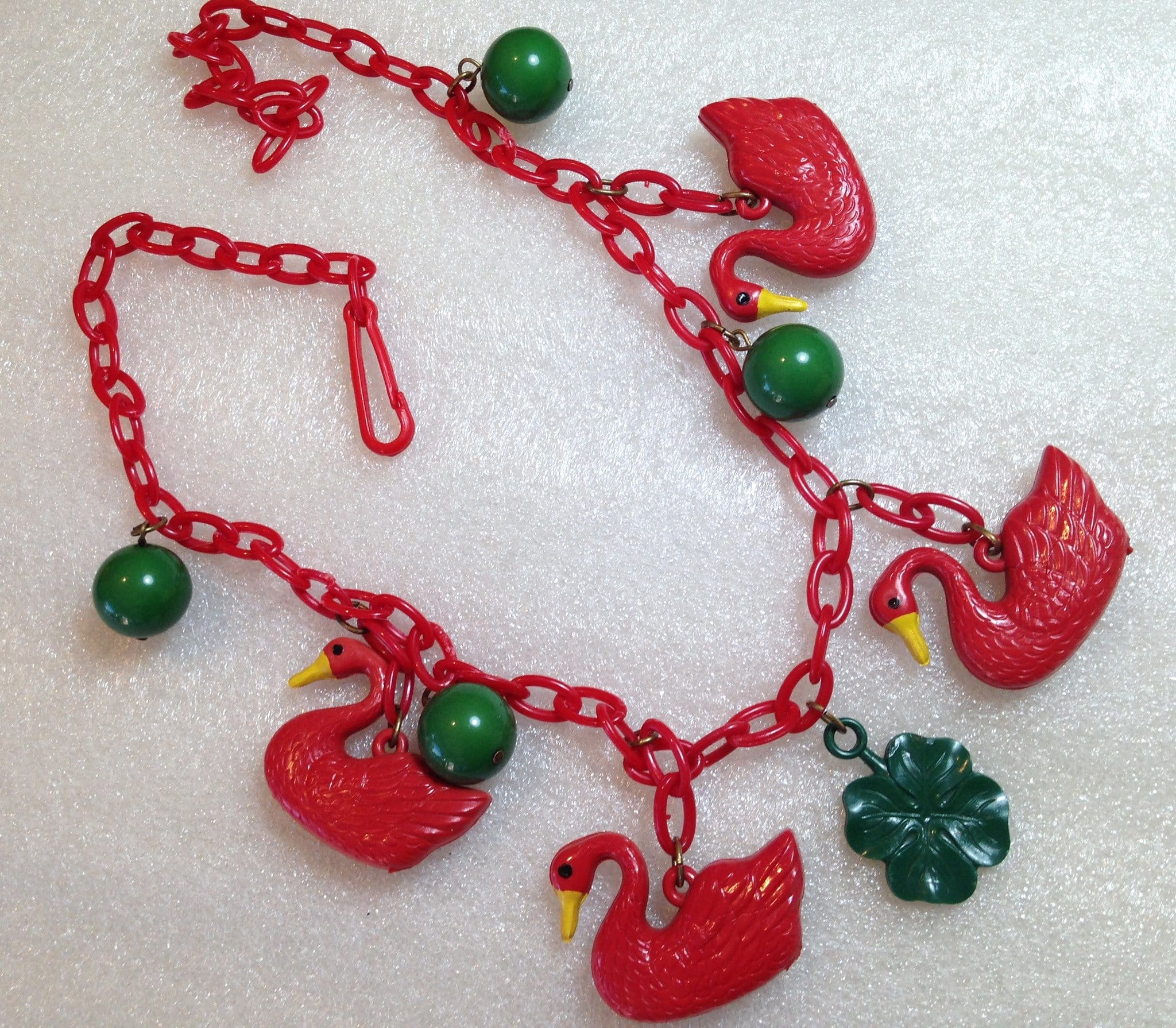 Vintage 1940's celluloid early plastic red ducks and forest green balls necklace - bakelite era