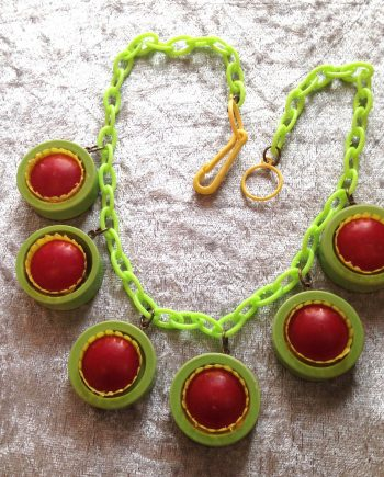 Vintage 3-D early plastic dangles necklace