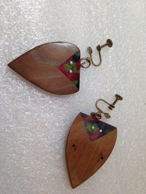 Vintage celluloid & wood screw earrings