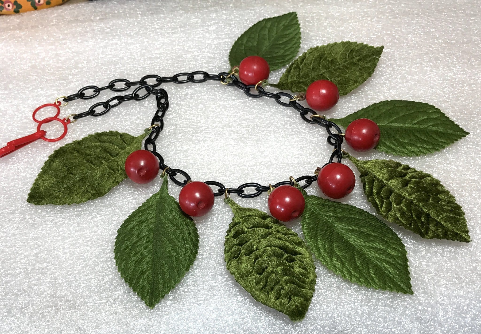Vintage early plastic & fabric cherries and leaves necklace