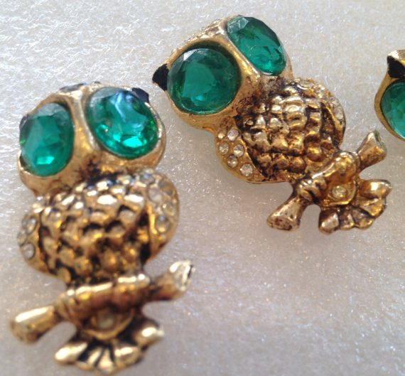 Vintage unsigned Coro duett owls - brooches and earrings