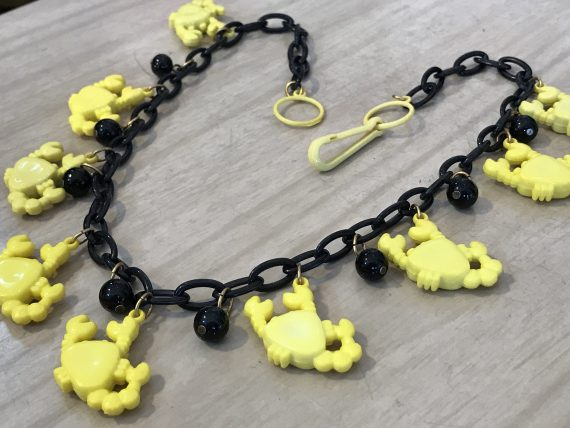 Vintage 1980's yellow plastic crabs necklace - Summer sale!