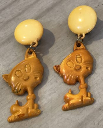 Vintage 1980's plastic orange cats clip on earrings - Summer sale!