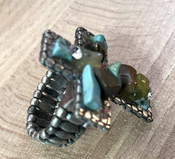Vintage cross ring with stones - expandable