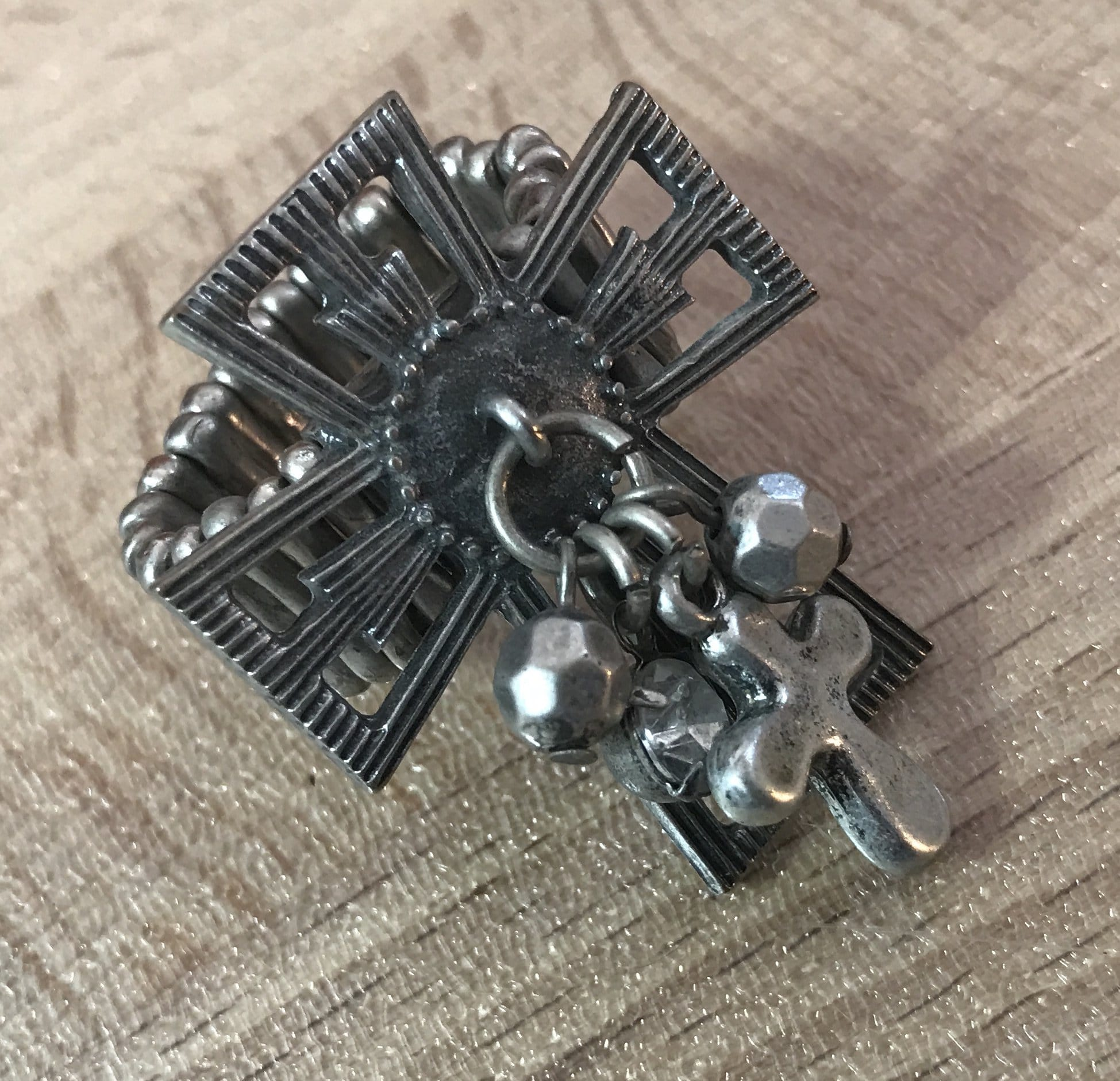 Vintage cross ring - expandable